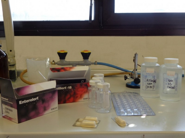 Image 1: COLILERT and ENTEROLERT reagents and other equipment